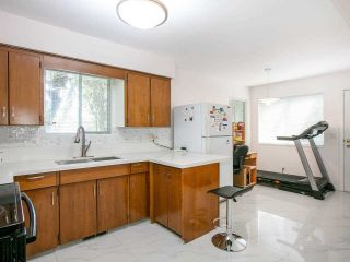 Photo 8: 5322 SHERBROOKE Street in Vancouver: Knight House for sale (Vancouver East)  : MLS®# R2588172