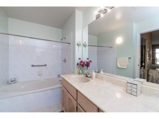 """Photo 14: 13 19649 53 Avenue in Langley: Langley City Townhouse for sale in """"Huntsfield Green"""" : MLS®# R2412498"""
