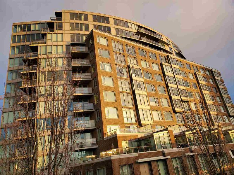 FEATURED LISTING: 1013 - 445 2ND Avenue West Vancouver