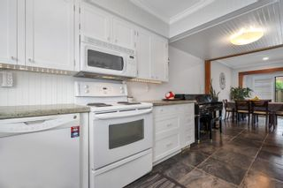 """Photo 11: 36 5850 177B Street in Surrey: Cloverdale BC Townhouse for sale in """"Dogwood Gardens"""" (Cloverdale)  : MLS®# R2613393"""