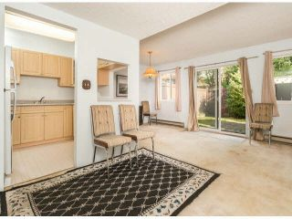 """Photo 4: 805 9274 122ND Street in Surrey: Queen Mary Park Surrey Townhouse for sale in """"WHISPERING CEDARS"""" : MLS®# F1425476"""