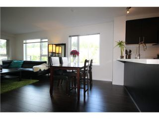 Photo 4: 217 3163 RIVERWALK Avenue in Vancouver: Champlain Heights Condo for sale (Vancouver East)  : MLS®# R2062360