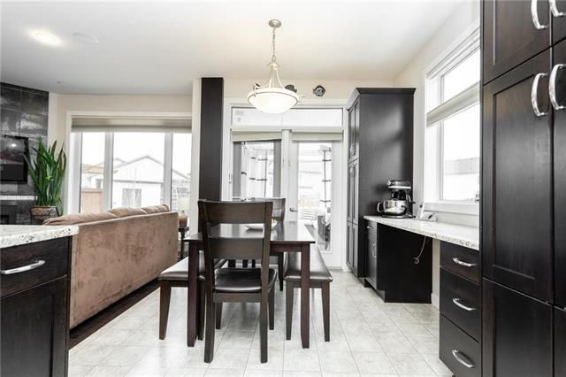 Photo 5: Photos: 18 Greyhawk Cove in Winnipeg: South Pointe Residential for sale (1R)  : MLS®# 1907959