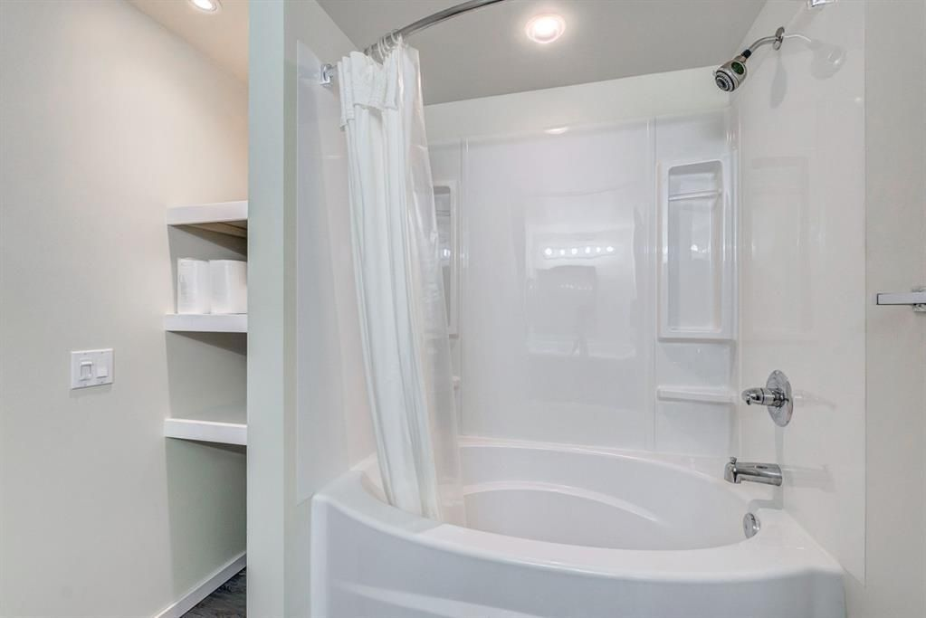Photo 26: Photos: 499 Canterbury Drive SW in Calgary: Canyon Meadows Detached for sale : MLS®# A1107365