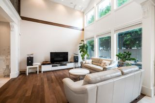 Photo 3: 10411 REYNOLDS Drive in Richmond: Woodwards House for sale : MLS®# R2613555