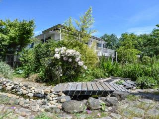 Photo 1: 395 Station Rd in FANNY BAY: CV Union Bay/Fanny Bay House for sale (Comox Valley)  : MLS®# 703685