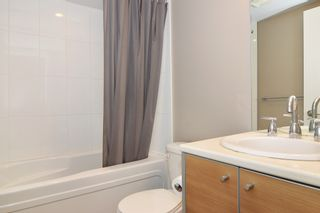 """Photo 11: 3203 9981 WHALLEY Boulevard in Surrey: Whalley Condo for sale in """"PARK PLACE II"""" (North Surrey)  : MLS®# R2327645"""