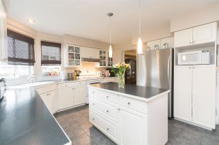Photo 9: 8283 157A Street in Surrey: Fleetwood Tynehead House for sale : MLS®# R2175398