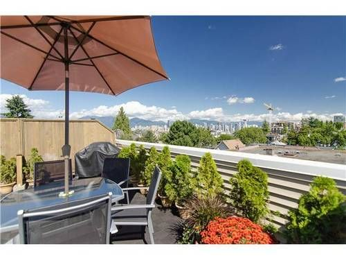Main Photo: 15 1949 8TH Ave W in Vancouver West: Kitsilano Home for sale ()  : MLS®# V969121