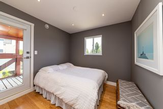 Photo 33: 1106 ST. GEORGES Avenue in North Vancouver: Central Lonsdale Townhouse for sale : MLS®# R2460985