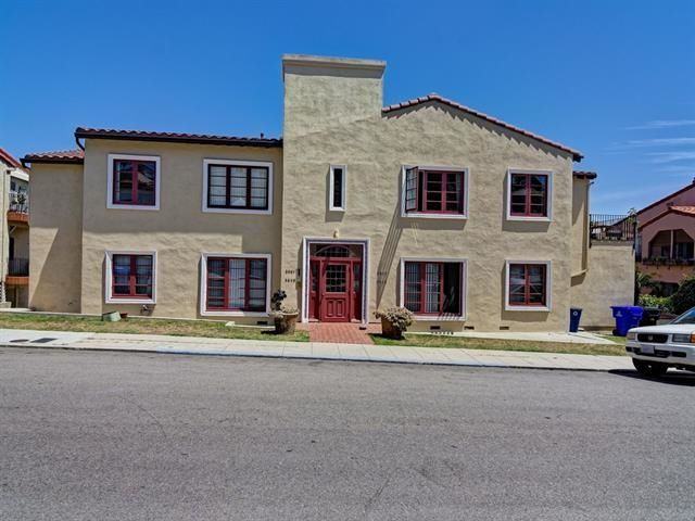 Main Photo: NORTH PARK Condo for sale : 2 bedrooms : 3621 Wilshire Terrace in San Diego
