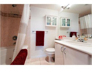 """Photo 7: 3007 939 HOMER Street in Vancouver: Downtown VW Condo for sale in """"THE PINNACLE"""" (Vancouver West)  : MLS®# V873938"""