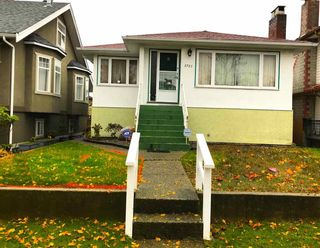 Photo 1: 2767 E 2ND Avenue in Vancouver: Renfrew VE House for sale (Vancouver East)  : MLS®# R2225385