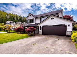 Photo 3: 35492 CALGARY Avenue in Abbotsford: Abbotsford East House for sale : MLS®# R2572903