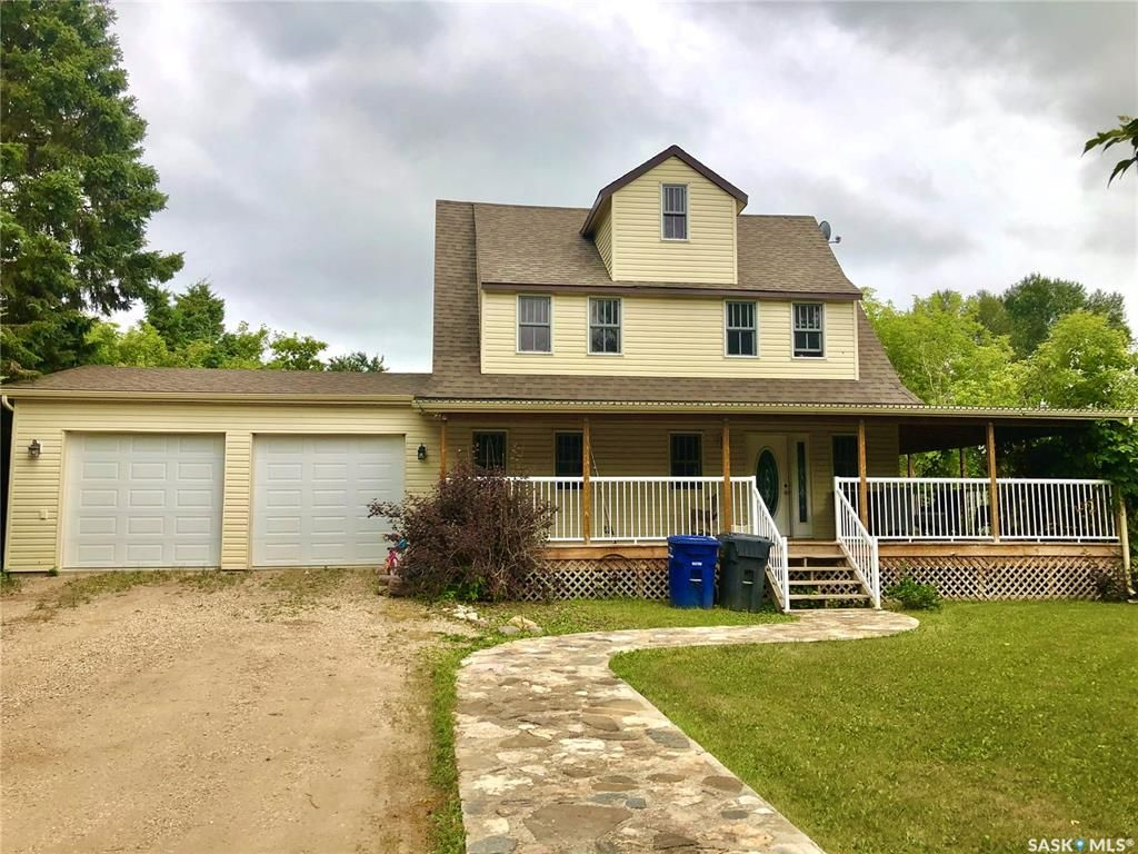 Main Photo: 514 Parkdale Street in Carrot River: Residential for sale : MLS®# SK847433