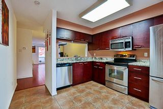 Photo 9: 71 13706 74 Avenue in Surrey: East Newton Townhouse for sale : MLS®# R2215305