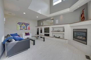 Photo 5: 2414 Tegler Green in Edmonton: Attached Home for sale : MLS®# E4066251