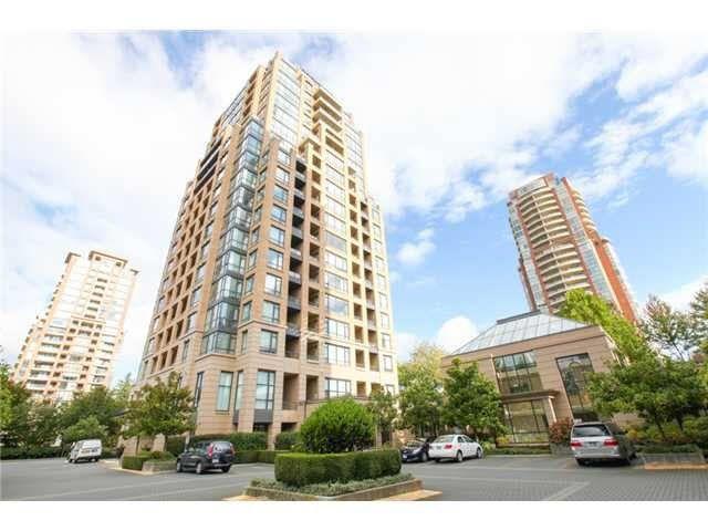Main Photo: 302 7368 SANDBORNE AVENUE in : South Slope Condo for sale : MLS®# R2094109