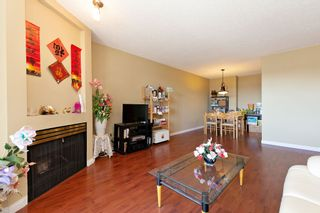 "Photo 3: 311 2925 GLEN Drive in Coquitlam: North Coquitlam Condo for sale in ""GLENBOROUGH"" : MLS®# R2492747"