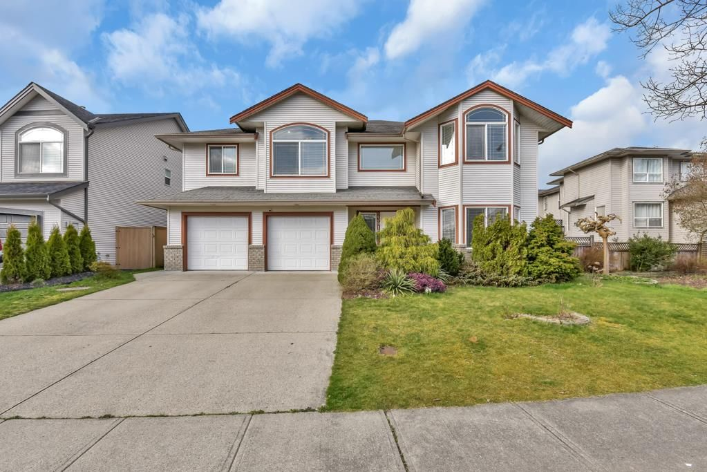 Main Photo: 23915 114A AVENUE in Maple Ridge: Cottonwood MR House for sale : MLS®# R2558339