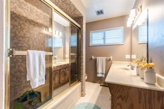 Photo 12: 1205 EASTVIEW Road in North Vancouver: Westlynn House for sale : MLS®# R2409324