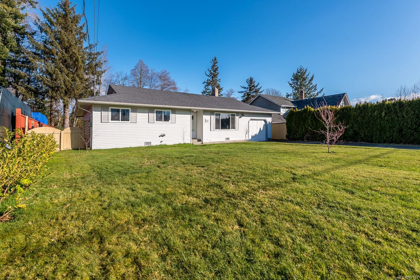 Main Photo: 60 Storrie Rd in : CR Campbell River South House for sale (Campbell River)  : MLS®# 867174