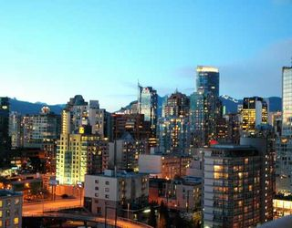 Photo 9: 2108 1495 RICHARDS Street in Vancouver: False Creek North Condo for sale (Vancouver West)  : MLS®# V761488