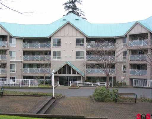"""Main Photo: 305 15150 29A AV in White Rock: King George Corridor Condo for sale in """"Sands 11"""" (South Surrey White Rock)  : MLS®# F2602319"""