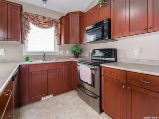 Photo 5: 214 Beechmont Crescent in Saskatoon: Briarwood Residential for sale : MLS®# SK779530