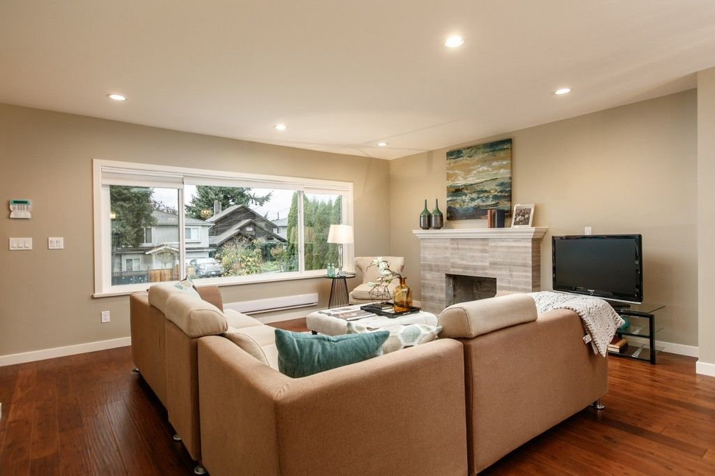 Photo 3: Photos: 4960 MANOR ST in VANCOUVER: Collingwood VE House for sale (Vancouver East)  : MLS®# R2134049