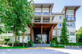 Photo 1: 409 6628 120 STREET in Surrey: West Newton Condo for sale : MLS®# R2463342