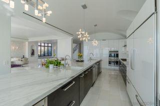 Photo 9: LA JOLLA House for sale : 4 bedrooms : 5850 Camino De La Costa