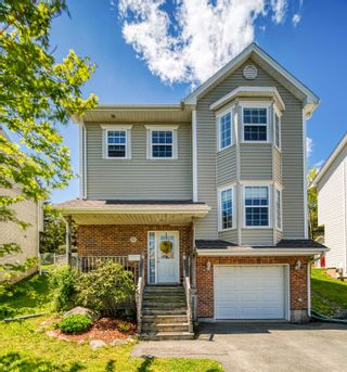 Photo 2: 111 Green Village Lane in Dartmouth: 12-Southdale, Manor Park Residential for sale (Halifax-Dartmouth)  : MLS®# 202114071
