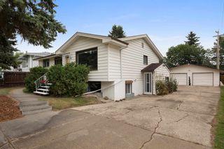 Photo 3: 11 MOUNT ROYAL Drive: St. Albert House for sale : MLS®# E4266102