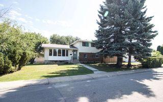 Photo 1: 3509 105 Street Street NW in Edmonton: Zone 16 House for sale : MLS®# E4239908