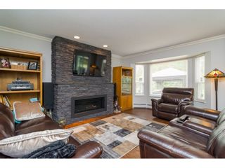 """Photo 6: 20873 72 Avenue in Langley: Willoughby Heights House for sale in """"Smith Development Plan"""" : MLS®# R2093077"""