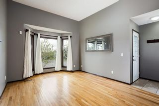 Photo 3: 219 Sandstone Drive NW in Calgary: Sandstone Valley Detached for sale : MLS®# A1112280