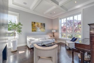 """Photo 5: 5776 WILTSHIRE Street in Vancouver: South Granville House for sale in """"SOUTH GRANVILLE"""" (Vancouver West)  : MLS®# R2606959"""