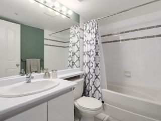 """Photo 6: 501 183 KEEFER Place in Vancouver: Downtown VW Condo for sale in """"PARIS PLACE"""" (Vancouver West)  : MLS®# R2124284"""