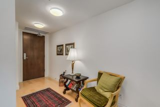 Photo 2: 602 133 E ESPLANADE in North Vancouver: Lower Lonsdale Condo for sale : MLS®# R2054454