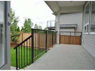 """Photo 17: 16951 79TH Avenue in Surrey: Fleetwood Tynehead House for sale in """"THE LINKS"""" : MLS®# F1412362"""