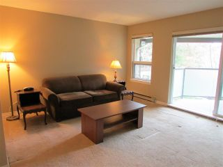 """Photo 3: 403 6707 SOUTHPOINT Drive in Burnaby: South Slope Condo for sale in """"Mission Woods"""" (Burnaby South)  : MLS®# R2142149"""