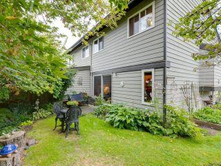 "Photo 20: 5019 57 Street in Delta: Hawthorne Townhouse for sale in ""GREEN ROAD VILLAGE"" (Ladner)  : MLS®# R2618138"
