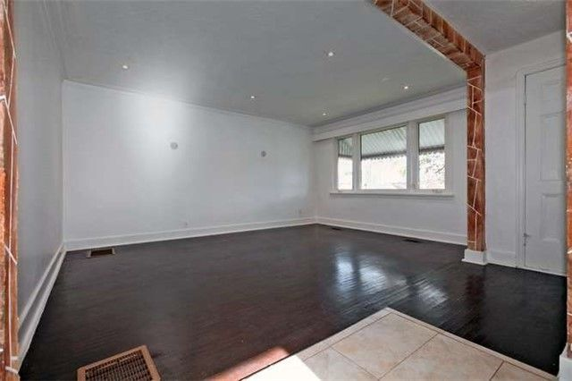 Photo 3: Photos: Main 50 S Wilson Road in Oshawa: Central House (Bungalow) for lease : MLS®# E3980743