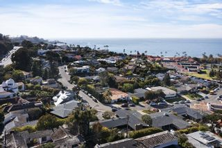 Photo 9: LA JOLLA House for sale : 4 bedrooms : 2045 LOWRY PLACE