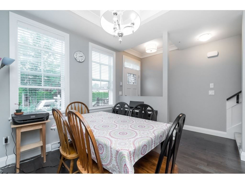 """Photo 6: Photos: 4 45526 TAMIHI Way in Sardis: Vedder S Watson-Promontory Townhouse for sale in """"BRIXTON STATION PHASE 2"""" : MLS®# R2459352"""
