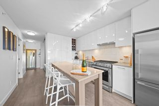 """Photo 2: 803 231 E PENDER Street in Vancouver: Strathcona Condo for sale in """"Framework"""" (Vancouver East)  : MLS®# R2618917"""