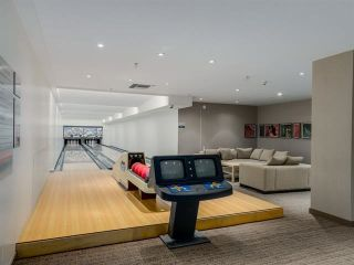 """Photo 14: 2207 33 SMITHE Street in Vancouver: Yaletown Condo for sale in """"COOPERS LOOKOUT"""" (Vancouver West)  : MLS®# R2106492"""