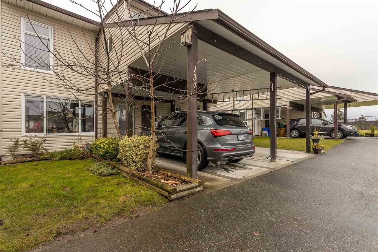 """Photo 4: Photos: 134 2844 273 Street in Langley: Aldergrove Langley Townhouse for sale in """"CHELSEA COURT"""" : MLS®# R2522030"""