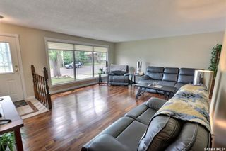 Photo 3: 2515 Steuart Avenue in Prince Albert: Crescent Heights Residential for sale : MLS®# SK864020